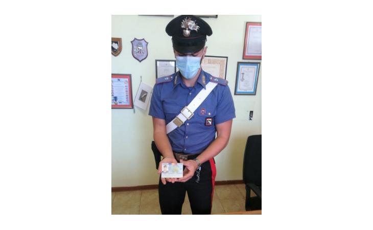 Autotrasportatore falsifica il documento d'identità per circolare in Italia, fermato e denunciato a Medicina