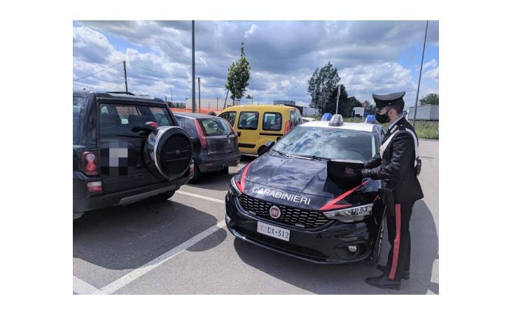 Polizze auto a prezzi convenienti ma false, denunciati tre truffatori
