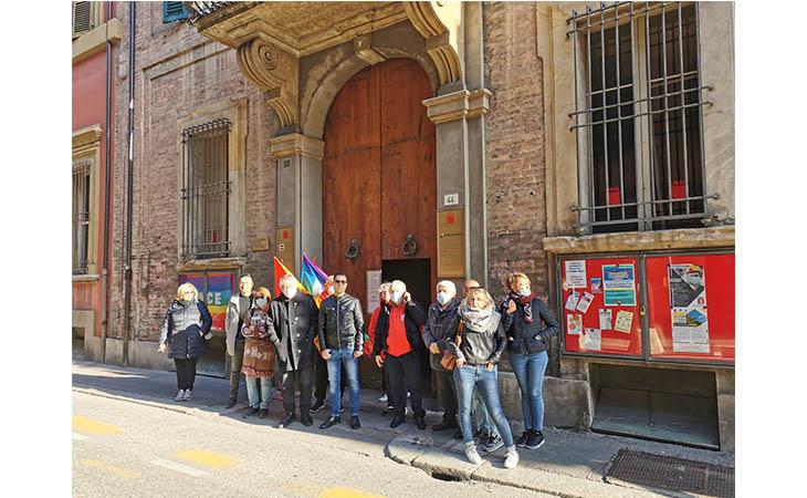 Cgil, presidio antifascista anche alla Camera del Lavoro di Imola dopo l'attacco alla sede di Roma
