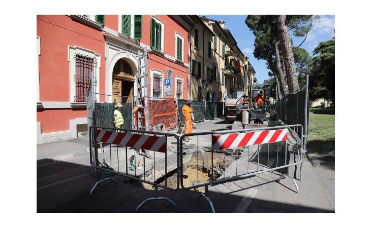 Da domani via all'ultima fase dei lavori in via Cavour per il teleriscaldamento a palazzo Calderini