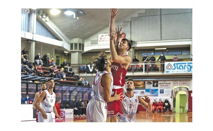 Basket serie B, l'Andrea Costa c'ha preso gusto e vince anche a Jesi