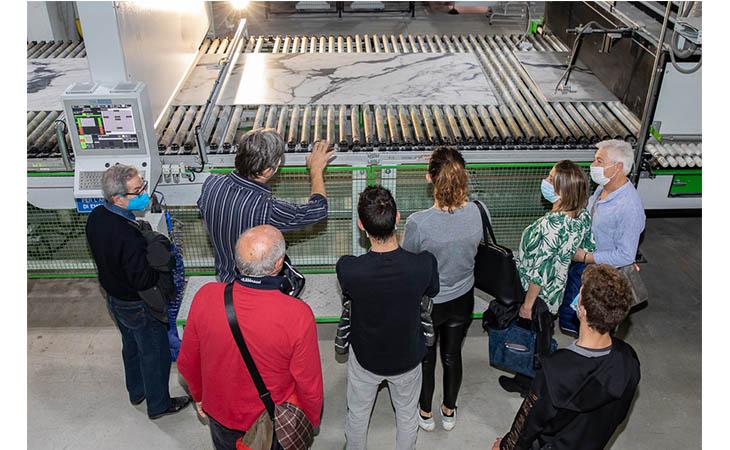 Porte aperte alla Florim, oltre 150 persone hanno visitato lo stabilimento 4.0 di Mordano